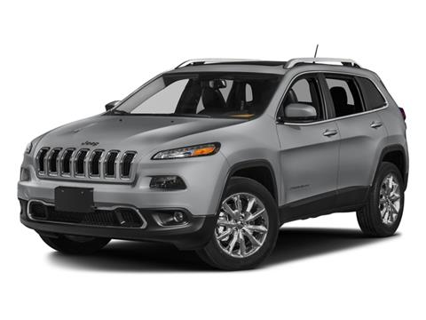 2018 Jeep Cherokee for sale in West Islip, NY