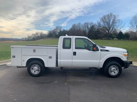 2012 Ford F-250 Super Duty for sale at V Automotive in Harrison AR