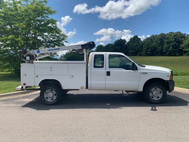 2007 Ford F-350 Super Duty for sale at V Automotive in Harrison AR