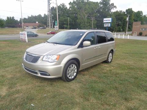 2014 Chrysler Town and Country for sale in High Point, NC