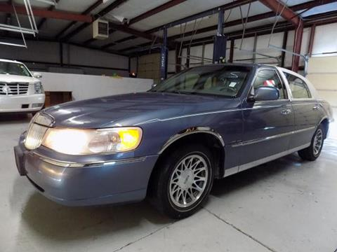 2000 Lincoln Town Car for sale in Nashville, TN