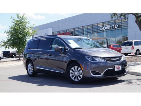 2017 Chrysler Pacifica for sale in Boerne, TX