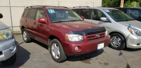 2005 Toyota Highlander for sale at Universal Auto Sales in Salem OR