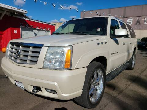 2005 Cadillac Escalade ESV for sale at Universal Auto Sales in Salem OR