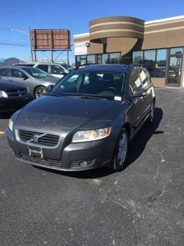 2008 Volvo V50 for sale at US 24 Auto Group in Redford MI