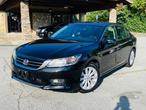 2013 Honda Accord for sale at Classic Luxury Motors in Buford GA