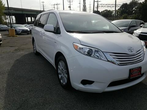 2016 Toyota Sienna for sale in Stamford, CT