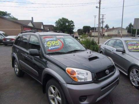 2005 Toyota RAV4 for sale in Cleveland, OH