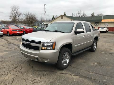 2007 Chevrolet Avalanche LT 1500 for sale at Dean's Auto Sales in Flint MI