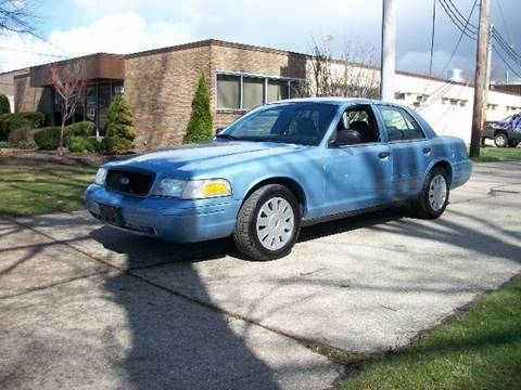 2007 Ford Crown Victoria for sale in Willoughby, OH