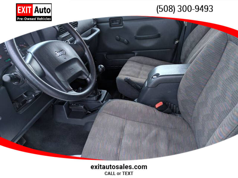 2005 Jeep Wrangler Sport (image 11)