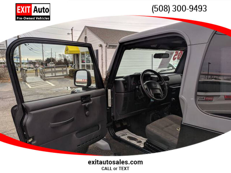 2005 Jeep Wrangler Sport (image 9)
