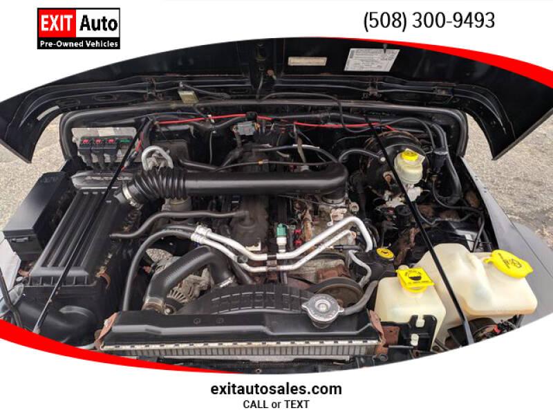 2005 Jeep Wrangler Sport (image 33)
