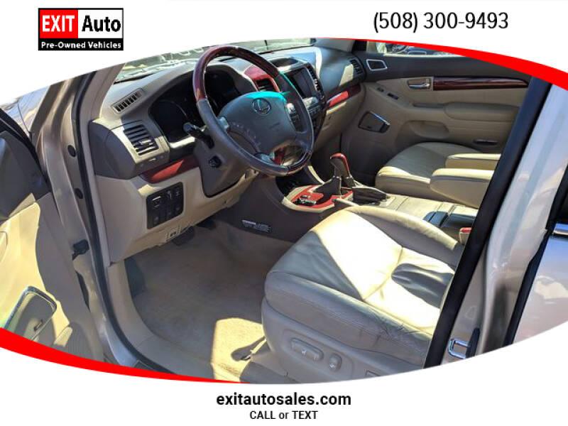 2009 Lexus GX 470 (image 11)