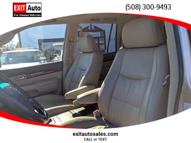 2009 Lexus GX 470 (image 12)
