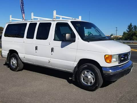 2007 Ford E-Series Wagon for sale in Little Ferry, NJ