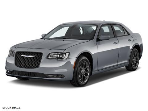 2018 Chrysler 300 for sale in Oak Park, MI