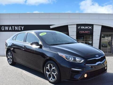 2019 Kia Forte for sale at DeAndre Sells Cars in North Little Rock AR