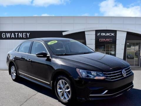 2016 Volkswagen Passat for sale at DeAndre Sells Cars in North Little Rock AR