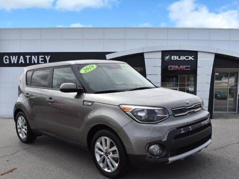 2019 Kia Soul for sale at DeAndre Sells Cars in North Little Rock AR