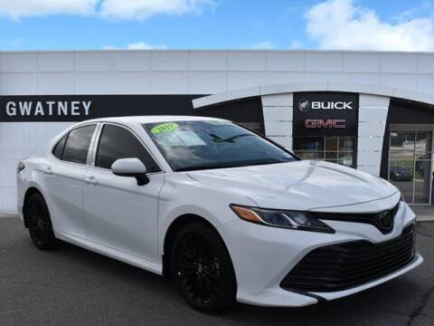 2019 Toyota Camry for sale at DeAndre Sells Cars in North Little Rock AR
