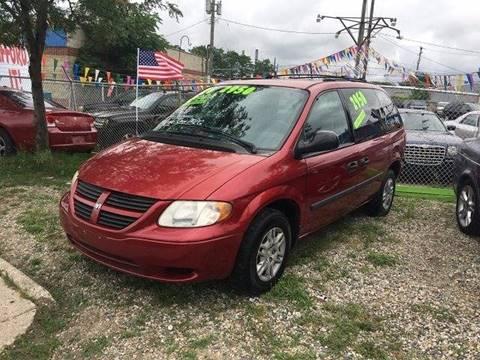 2005 Dodge Caravan for sale in Pontiac, MI