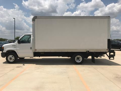 2016 Ford E-Series Chassis for sale in Lockhart, TX