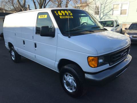 2005 Ford E-Series Cargo for sale at Alexander Antkowiak Auto Sales in Hatboro PA