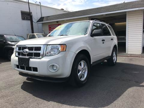 2011 Ford Escape for sale at Alexander Antkowiak Auto Sales in Hatboro PA