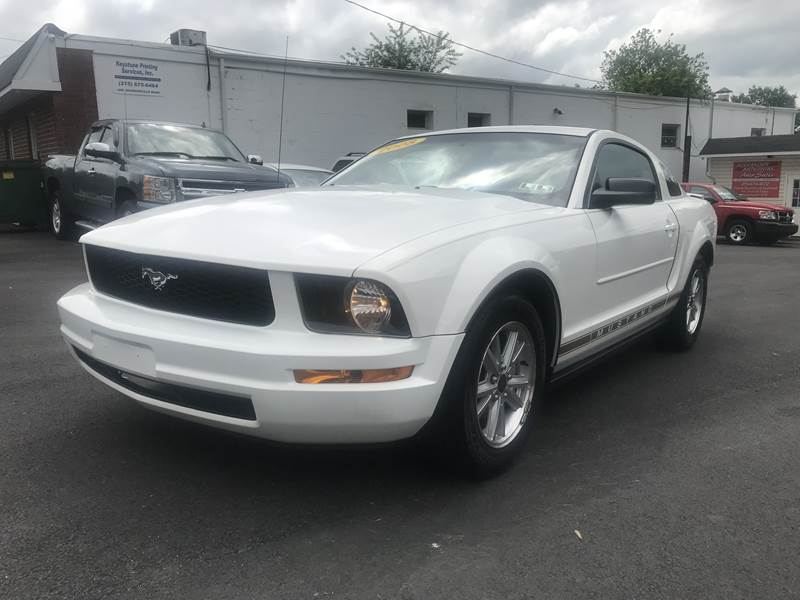 2008 Ford Mustang for sale at Alexander Antkowiak Auto Sales in Hatboro PA