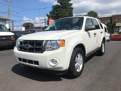2012 Ford Escape for sale at Alexander Antkowiak Auto Sales in Hatboro PA