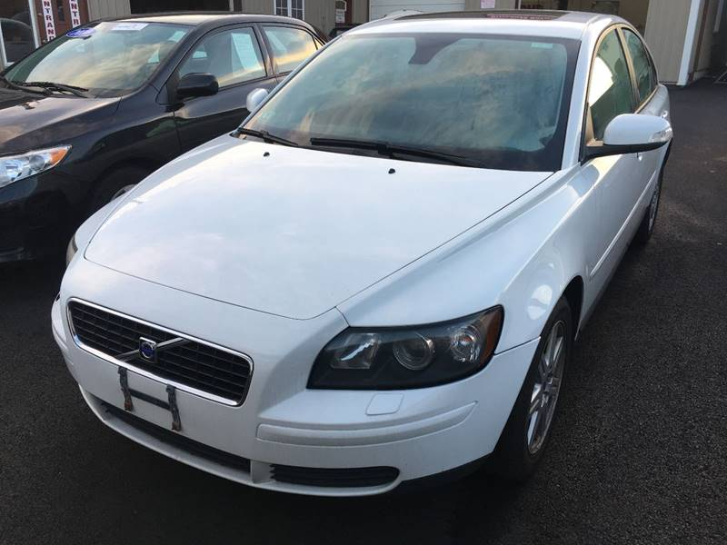 2007 Volvo S40 for sale at Dijie Auto Sale and Service Co. in Johnston RI