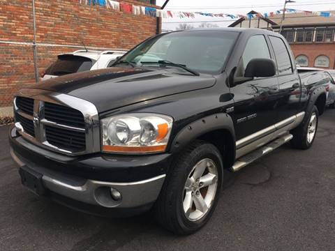 2006 Dodge Ram Pickup 1500 for sale at Dijie Auto Sale and Service Co. in Johnston RI