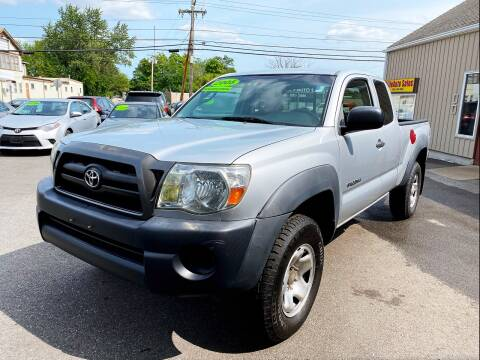 2005 Toyota Tacoma for sale at Dijie Auto Sale and Service Co. in Johnston RI