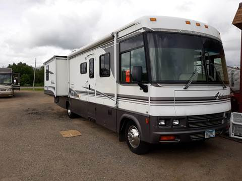 2001 Winnebago Adventurer for sale in Hill City, MN