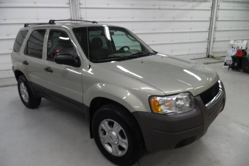 2004 ford escape xlt in milwaukee wi autowise. Black Bedroom Furniture Sets. Home Design Ideas