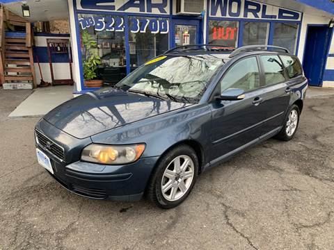 2006 Volvo V50 for sale at Car World Inc in Arlington VA
