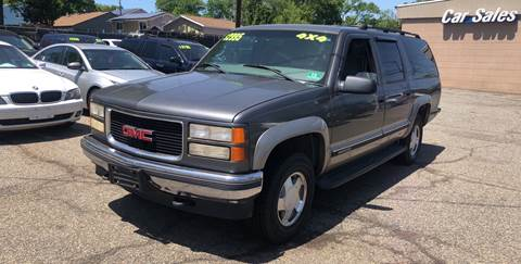 1999 GMC Suburban for sale in Woodbridge, NJ