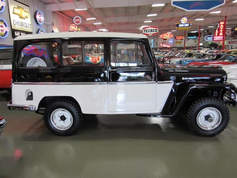 1961 Willys Jeep 52