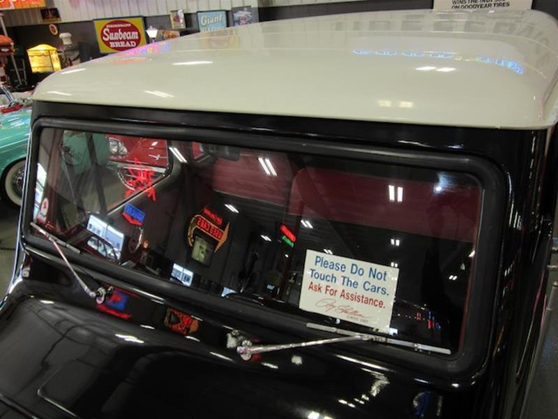 1961 Willys Jeep 7
