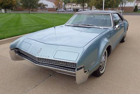 1967 Oldsmobile Toronado for sale at WEST PORT AUTO CENTER INC in Fenton MO