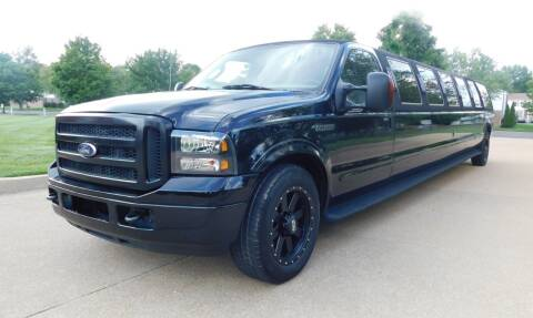 2005 Ford Excursion for sale at WEST PORT AUTO CENTER INC in Fenton MO