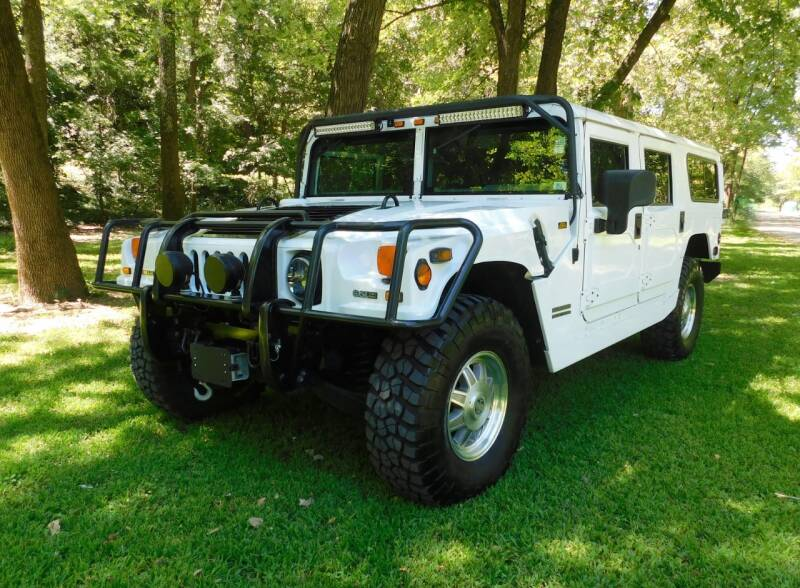 2001 HUMMER H1 for sale at WEST PORT AUTO CENTER INC in Fenton MO