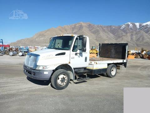 2007 International Durastar 4100 for sale at HAMPTON TRUCK SALES COMPANY in Idaho Falls ID