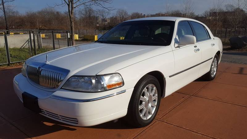 2009 Lincoln Town Car Signature Limited In Brooklyn Ny Top Choice