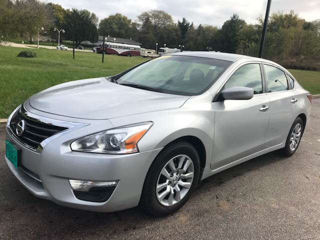 2013 Nissan Altima 2 5 S In East Dundee Il E And M Auto Sales