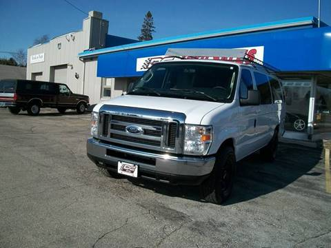 2009 Ford E-Series Wagon for sale in Sturgeon Bay, WI