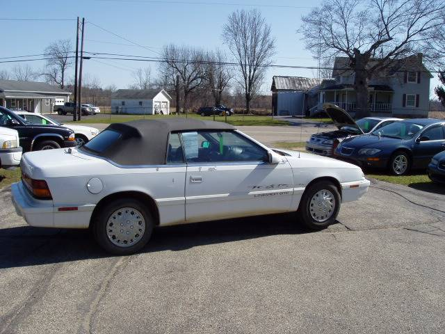 1995 Chrysler Le Baron for sale at Larrys Used Cars in Hartford MI