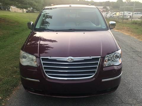 2008 Chrysler Town and Country for sale at Speed Auto Mall in Greensboro NC