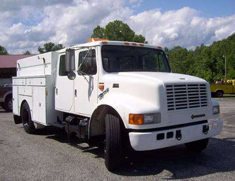 1998 International 4700 for sale in Olive Hill, KY